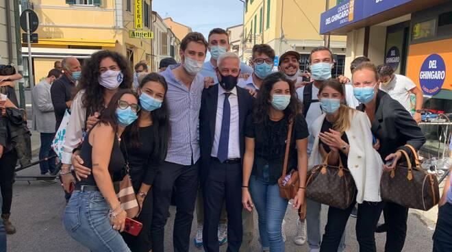 """Giovani per Viareggio: """"Ora al lavoro per il futuro"""""""